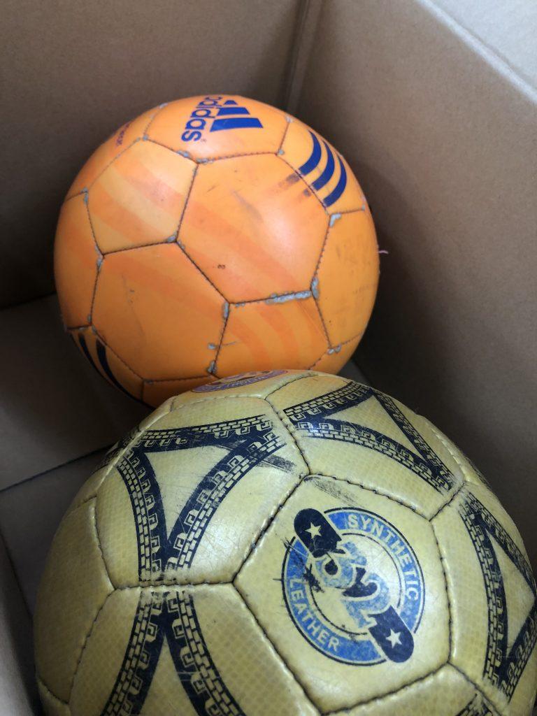 サッカーボール 寄付