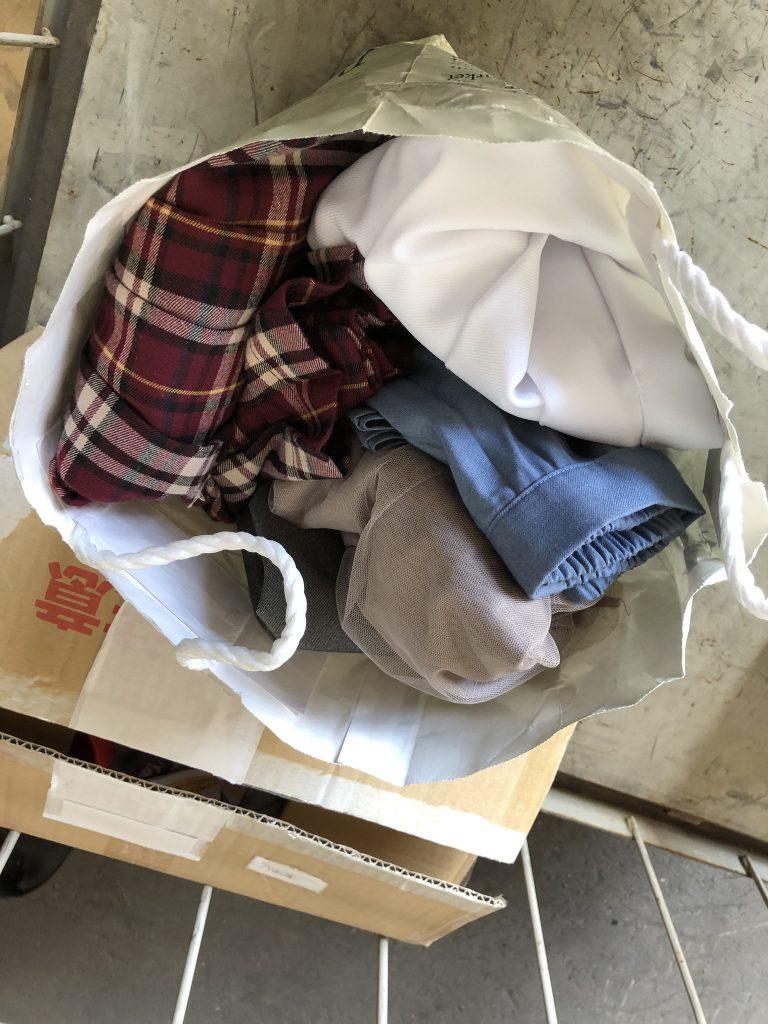 衣類 寄付