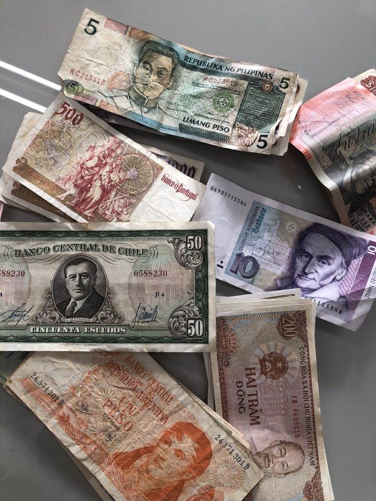 ユニセフ 外国コイン 寄付