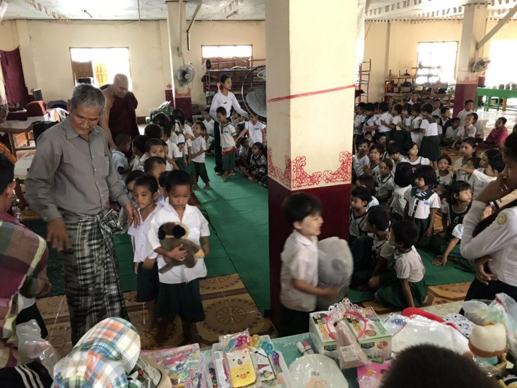 ミャンマー ボランティア