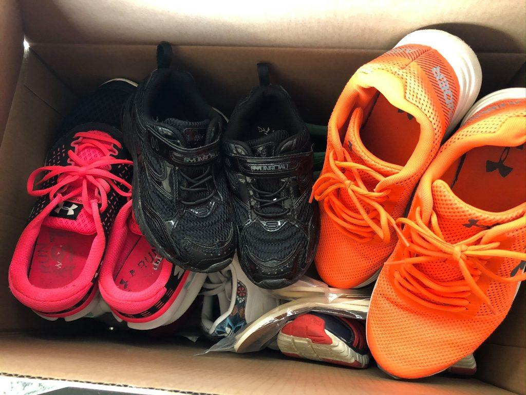 中古 靴 寄付